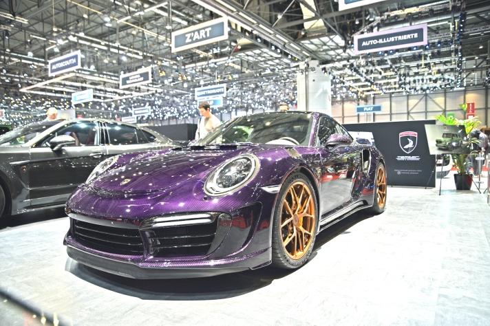 Porsche 911 mov.jpg
